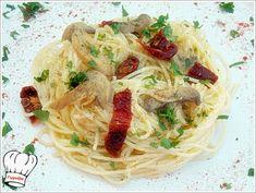 Απλο,οικονομικο και πεντανοστιμο φαγητο ετοιμο σε 15 λεπτα... <strong>Δοκιμαστε το!!!</strong> Pasta Recipies, Crepes, Cooking Time, Spaghetti, Good Food, Food And Drink, Healthy Recipes, Healthy Food, Lunch
