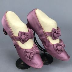 """Princess Louise of Prussia's One pair lavender ottoman having self bow to vamp and strap with hook & eye closure, kid lining and insole, label """"Oppermann & Co. Linden 60 Berlin"""", with 1 heel. Victorian Shoes, Victorian Fashion, Vintage Fashion, Vintage Shoes, Vintage Dresses, Vintage Outfits, Antique Clothing, Historical Clothing, Historical Costume"""