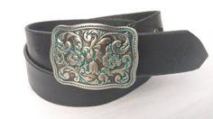 Articles similaires à Cadeau pour ceinture homme en cuir noir avec boucle  western classique, ceinture pour homme, cadeau de garçons d honneur, ... d61117efb03