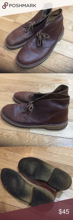 Brown Leather Clarks Desert Boots These boots are in great condition (aside  from the gum