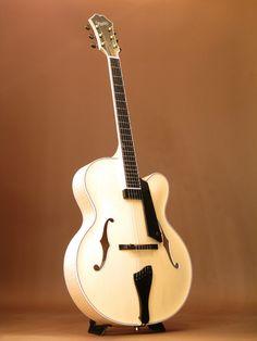 Benedetto[ベネデット] 「三木楽器大感謝セール出品予定品」Manhattan|詳細写真