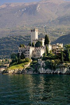 Italy, Veneto, Malcesine with Castello Scaliger