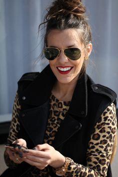 Top knot // red lip // leopard via Courtney Kerr. What Courtney Wore, Courtney Kerr, Look Fashion, Fashion Beauty, Womens Fashion, Fashion Trends, Cheap Fashion, Runway Fashion, Fall Fashion