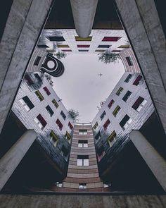 Gorgeous Instagram Account Focusing on Symmetrical Architecture – Fubiz Media