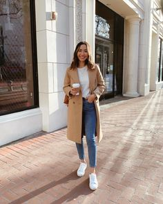 Sneakers Outfit Casual, Sneaker Outfits Women, Cute Casual Outfits, Chic Outfits, Sneakers Women, Outfit With White Sneakers, Work Sneakers, Loafers Outfit Womens, Sneakers Fashion Outfits