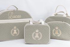 Kit bolsas maternidade Linha SLIM: Mala, Bolsa G e Porta mamadeira #babyhappybolsas #bolsasmaternidade #bolsaspersonalizadas #gravida #gestante