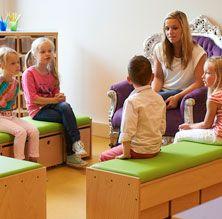 Kleur en meubels  nieuwe kleuterklas  Schoolideen