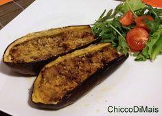 Melanzane ripiene di carne ricetta secondo il chicco di mais http://blog.giallozafferano.it/ilchiccodimais/melanzane-ripiene-di-carne-ricetta-secondo/