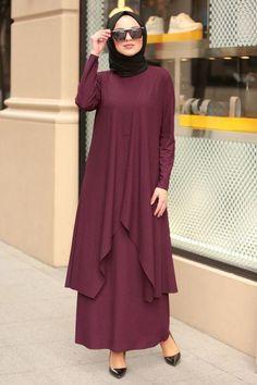 Hijab Casual, Casual Suit, Hijab Fashion, Fashion Dresses, Black Hijab, Fancy Dress Design, Muslim Women Fashion, Abaya Designs, Islamic Clothing