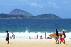 Praia de Ipanema com Ilhas Cagarras ao fundo - Rio de Janeiro - Foto: Alexandre Macieira | Riotur  | Rio Guia Oficial | www.rioguiaoficial.com.br