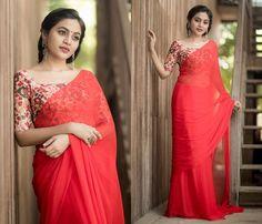 Simple Blouse Designs, Bridal Blouse Designs, Saree Blouse Designs, Blouse Patterns, Stylish Sarees, Stylish Dresses, Saree Designs Party Wear, Saree Poses, Half Saree Designs