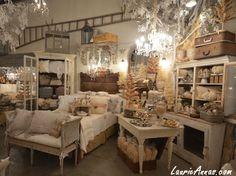 http://1.bp.blogspot.com/-xFOQab9gq54/UG4zv8Iq6QI/AAAAAAAAFac/sFKHLCENWDs/s1600/bedroom+nook.jpg