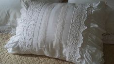 coussin shabby blanc