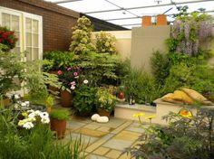 30 Beautiful Floral Garden Ideas 8