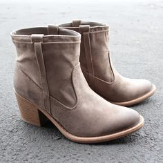 suede taupe ankle boots - 5.5 / taupe