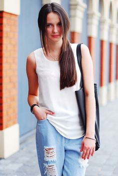 Boyfriend Jeans, Supermodels, Basic Tank Top, Tank Tops, Women, Fashion, Moda, Halter Tops, Fashion Styles
