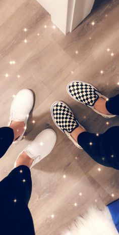 Secrets Of Sneaker Shopping – Sneakers UK Store Cute Vans, Cute Shoes, Vans Shoes Outfit, Shoes Sneakers, Snapchat, Abercrombie Girls, Pumps, Heels, Types Of Shoes