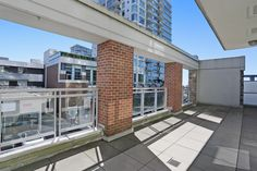 #205, 15152 RUSSELL AV, WHITE ROCK, BC V4B 0A3 (F1448420) 2 beds, 2 baths, 1167 sqft, $524,800 Contact Erik Hopkins, Macdonald Realty at (604) 670-7999 Email: erik@macrealty.com Web: www.homesontheweb.ca | www.miramarvillagewhiterock.ca | www.surreyhomevalues.net