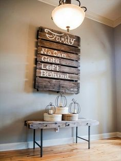 DIY Wall Art • Tips, Ideas & Projects! • Pallet Wall Art