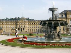 Schloßplatz (palace square) and Neues Schloß, Stuttgart