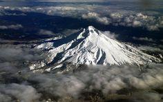 Mt Hood from jet window, 2/1/2014
