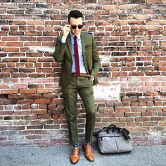 mix and match summer suits green brown Olive Green Suit, Suit Fashion, Mens Fashion, Men Formal, Summer Suits, Blazer Outfits, Suit And Tie, Wedding Suits, Wedding Jacket