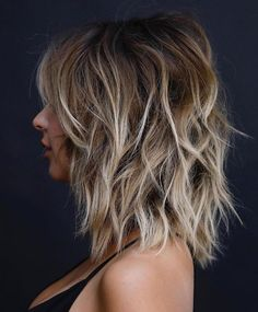 Brown Hair With Highlights And Lowlights, Brown Hair Balayage, Brown Blonde Hair, Hair Highlights, Bronde Balayage, Blonde Bangs, Medium Blonde, Short Blonde, Brown Auburn Hair