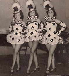 Rockettes 1949. super idée pour un costume d'Halloween!