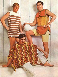 """70s-men-fashion. """"Lite beach volley, säger du? Jag tar med min korv-med-bröd-färgade poncho… for the ladies."""""""