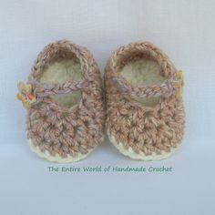"€12. Crochet ""Rhapsody""  sandals for a baby-girl 0-6 months old. Ready to ship."
