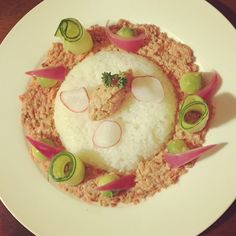 #Salmon #tartare with #cucumber #avocado #sushirice #raddish #parsley #chive #gastronomy #theartofplating #california #love #dinner #special #formyman #picodtheday #homemade #nom #foodie #foodgram #sogood #food #tasty #salmontartare #produce #healthyliving by theculinarypan