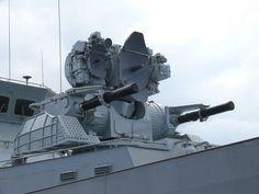 Gun Turret, Army Vehicles, Sky Sea, Gaming Wallpapers, Military Weapons, Modern Warfare, Model Ships, Guns, Building