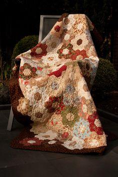 Anja's Quilt: Floral Quilt