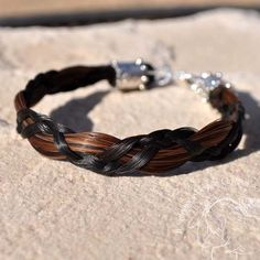 Love the thickness difference of this bracelet!