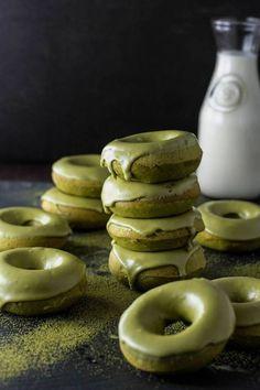 Des donuts au thé matcha