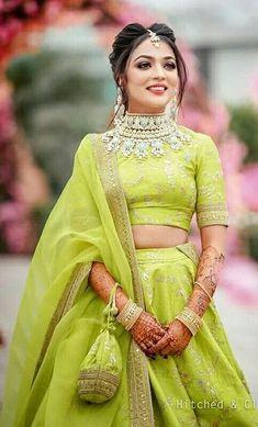 Items similar to Alia bhatt sabyasachi bridal lehenga on Etsy Mehendi Outfits, Indian Bridal Outfits, Indian Designer Outfits, Indian Designers, Indian Wedding Hairstyles, Sabyasachi Lehenga Bridal, Indian Lehenga, Lehenga Choli, Alia Bhatt Lehenga