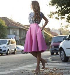 Fusta clos un must have - Revista FPM - Fashion Premium Magazine Waist Skirt, High Waisted Skirt, Must Haves, Formal, My Style, Skirts, Outfits, Fashion, Preppy