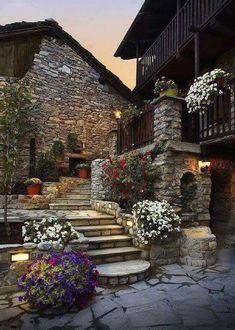 Here you relax with these backyard landscaping ideas and landscape design. Beautiful World, Beautiful Gardens, Beautiful Homes, Wonderful Places, Beautiful Places, Beautiful Pictures, Stone Houses, Stairways, Backyard Landscaping