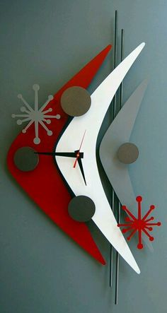 Googie-inspired modern retro metal art sculpture clock by Steve Cambronne Mid Century Decor, Mid Century Furniture, Mid Century Design, Modern Clock, Mid-century Modern, Danish Modern, Red Clock, Metal Art Sculpture, Cool Clocks