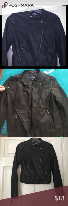 Papaya Faux Leather Jacket Lots of cute details make this little jacket stand out from the other black jackets!  Warm, keeps out the wind chill.  Soft enough to be comfortable (not the crinkly sounding or stiff faux leather). Zippers, snaps all present & working great.  In great shape & taken care of.  Fits true to size S (it's one owner wore sizes XS & S but has outgrown).  Jacket bottom lays at hips depending on torso height.  Purchased at the Papaya store approximately 3 years ago.  In…