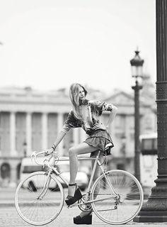 vélo vintage occasion ville femme vélo occasion course vintage homme mi course fixie single speed fitness hollandais peugeot gitane mbk motobecane