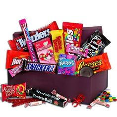 Send a retro gift that's as sweet as they are! This box boasts favorites, like cookies, brownies, and whoopie pies which your Valentine will find irresistible! Valentines Day For Men, Valentines Day Gifts For Him, Valentine Ideas, Diy Food Gifts, Fresh Flower Delivery, Dandelion Flower, Valentine's Day, Office Gifts, Cute Gifts