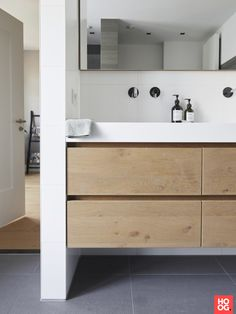 If you have a small bathroom in your home, don't be confuse to change to make it look larger. Not only small bathroom, but also the largest bathrooms have their problems and design flaws. Ikea Bathroom, Small Bathroom Storage, Upstairs Bathrooms, Large Bathrooms, Bathroom Design Small, Bathroom Cabinets, Bathroom Interior Design, Modern Bathroom, Bathroom Designs