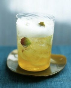 Sparkling Apple Juice Cocktail | 25 Fruit Juice Cocktails You'll Actually Like Drinking