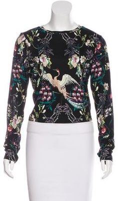 Shop Now - >  https://api.shopstyle.com/action/apiVisitRetailer?id=643749222&pid=uid6996-25233114-59 Alice + Olivia Long Sleeve Floral Print Top w/ Tags  ...