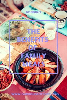 I absolutely love our family meals at the end of a busy day. We made this part of our routine from day one and you should to. Discover the benefits of eating as a family NOW! Love My Family, Happy Family, Strong Family, Parenting Toddlers, Parenting Hacks, Raising Girls, Fun Games For Kids, Best Blogs, Kid Friendly Meals