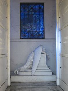 Angel of Grief, Metaire Cemetery