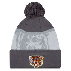 Youth Chicago Bears New Era Camo On Field Sport Salute to Service Knit Hat