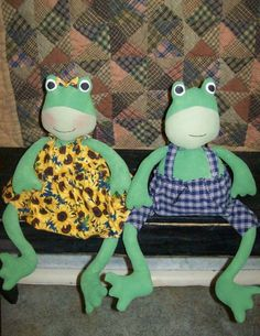 Make these DIY happy frogs. http://www.patternmart.com/pattern/12785/PM-Maude+and+Maverick