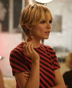 Sienna as Edie...